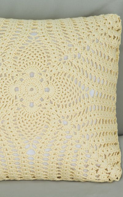 Patrons & modèles gratuits des coussins au crochet