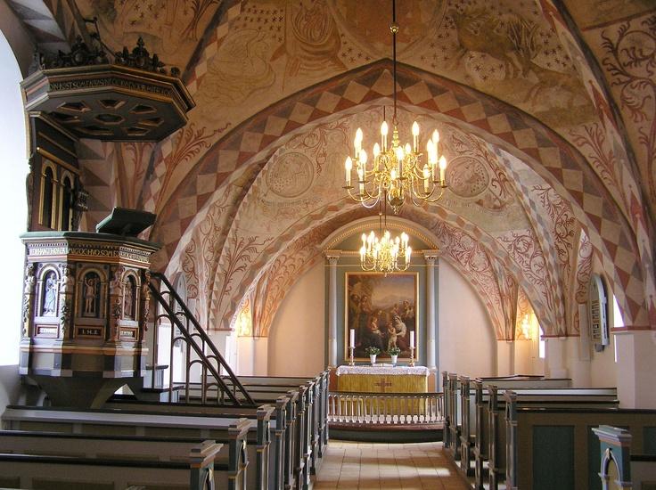 Højelse kirke, Danmark - Interiør med kalkmalerier