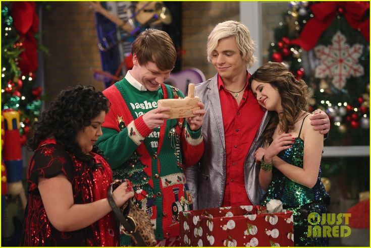 The A & A Music Factory Celebrates Their First Christmas - See The Pics!: Photo #902075. Ally (Laura Marano) and Austin (Ross Lynch) perform a new holiday song for their Music Factory students in this new still from Austin & Ally.    In