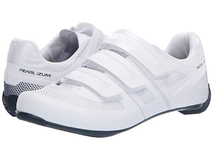 Pearl Izumi Quest Road Cycling Shoe White Navy Men S Cycling Shoes The Pearl Izumi Quest Road Cycling Shoe In 2020 Cycling Shoes Men Road Cycling Shoes Cycling Shoes