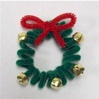 Pipe Cleaner Wreath Craft for church