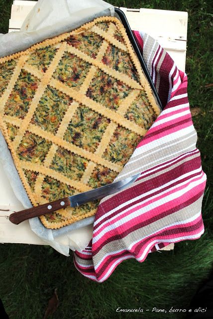 Pane, burro e alici: Crostata integrale di erbette a coste bianche e ro...