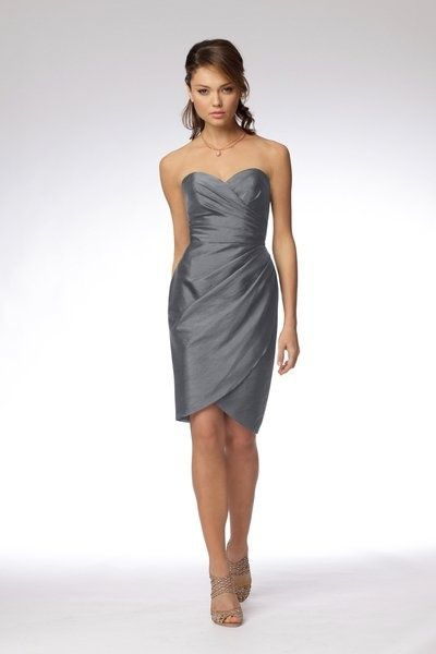 love this! grey bridesmaid dress, must be short, I'm not too big a fan of long bridesmaid dresses. BRIDE - wears white. GROOM - wears black BRIDESMAIDS AND GROOMSMEN - wears grey! Love it!!