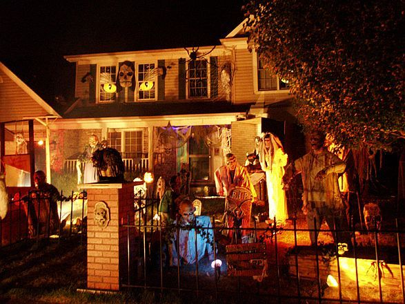 halloween decorations outside horror google search