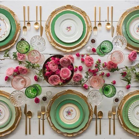 Una mesa decorada con tonalidades rosas y verdes | Pink and green perfection,