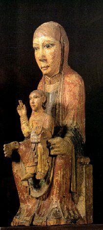 Arte románico. Talla en madera policromada. Virgen con niño. S. XII