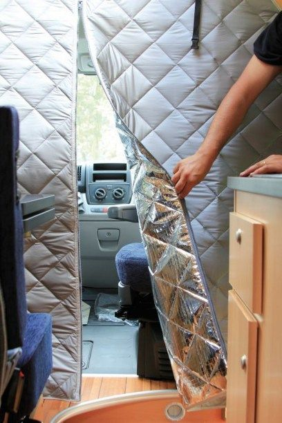 Skoolie Bus Conversion Decorating Ideas (23)