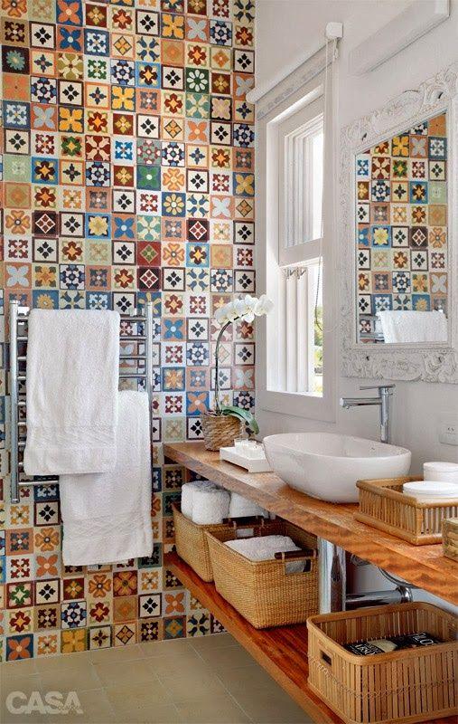 Simple Things: Banheiro pequeno, mas com espaço para tudo.