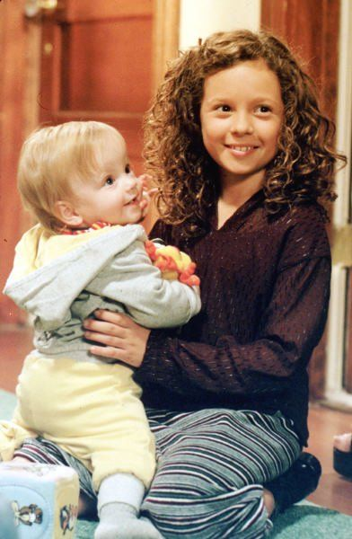 Still of Mackenzie Rosman in 7th Heaven