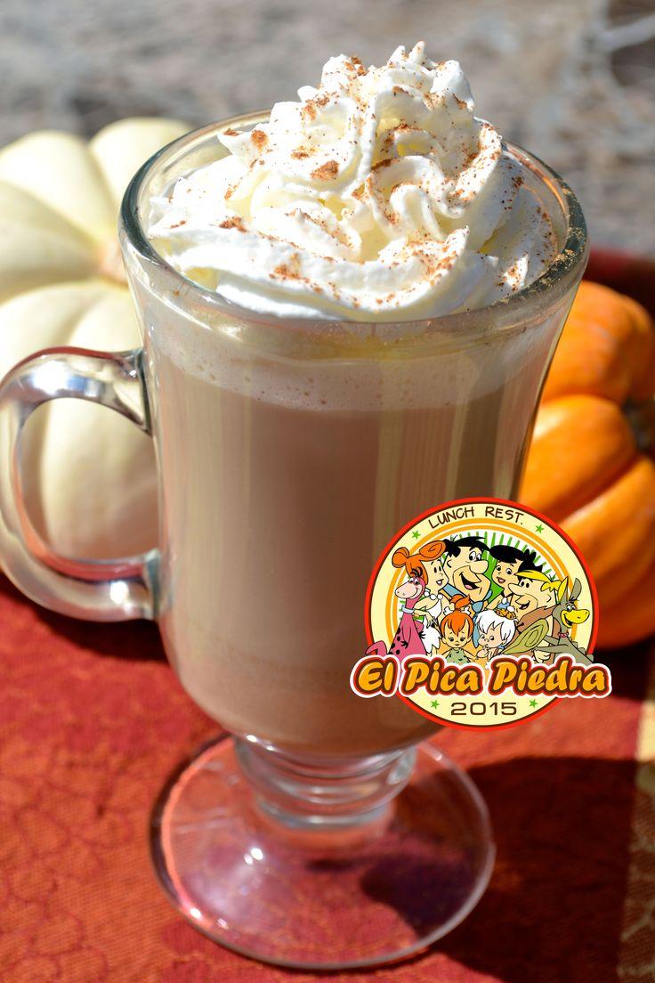 Café en varios sabores: #Capuccino y #Mokaccino ambos con Crema Chantilly... #Yabbadabbadooo2015