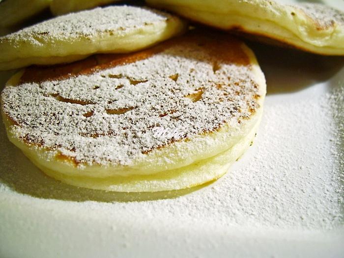 Clatite pufoase cu branza: Clatit Pufoa, With Cheese, Breakfast Ideas, Pufoase Cu, Pufoa Cu, Clatite Pufoase