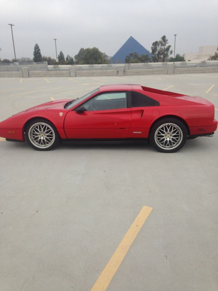 Replica/Kit Makes Pontiac Fiero 308 GTS Ferrari Replica