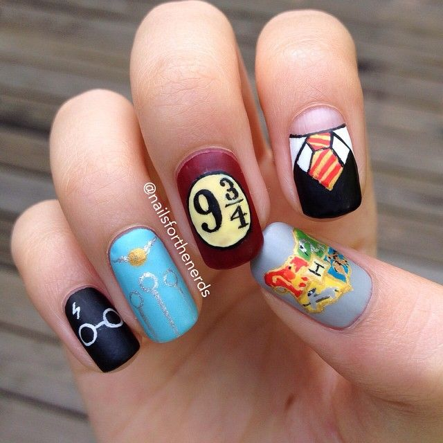 My Hand Drawn Harry Potter Nails Harry Potter Nail Art