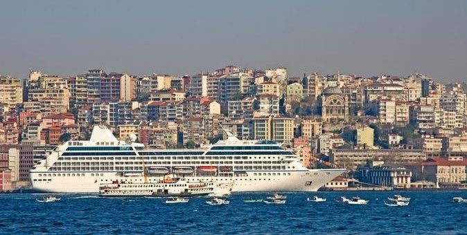 Private Istanbul Tours: http://www.allistanbultours.com/full-day-private-istanbul-tour/