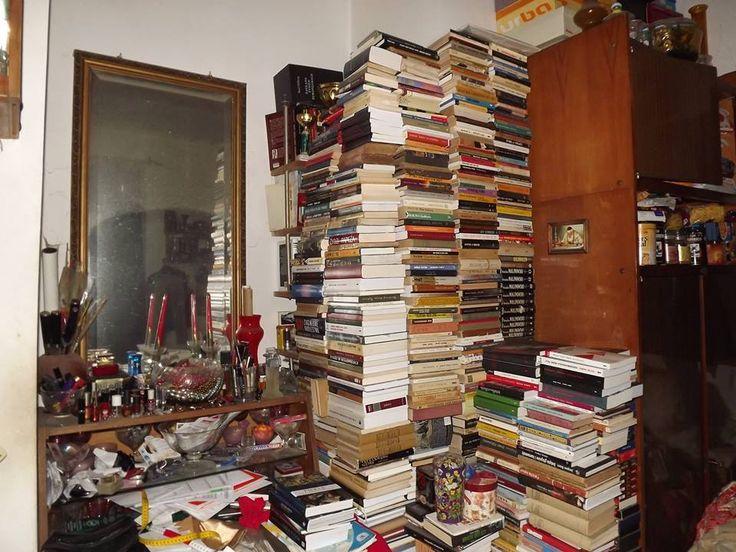 """Biblioteczka pana Aleksandra Zbirańskiego:  """"Słup Heraklesa"""" - skromny zbiorek kulturoznawcy. #biblioteka #library #books #książki #czytam #słowo #obraz #terytoria #konkurs"""