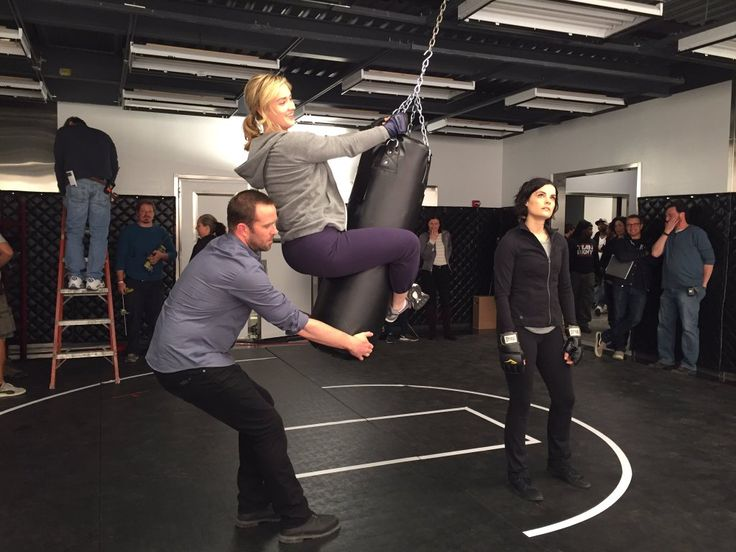 Blindspot BTS Sullivan Stapleton, Ashley Johnson and Jaimie Alexander #blindspot…