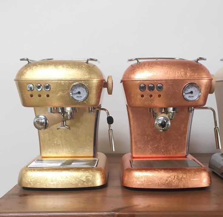 ascasofactoryTesting finishes. #gold #copper #ascasodream  #ascasofactory #dream #espressomachine #espresso #coffeegram #coffeelovers #coffeemachine www.solino.gr