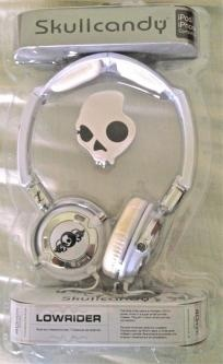 DJ Headphones Skullcandy Lowrider in WHITE USA and CANADA    $25.99    http://yardsellr.com/for_sale#!/dj-headphones-skullcandy-lowrider-in-white-usa-and-canada-3164632