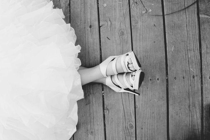 구두, 웨딩 드레스, 화이트, 블랙, 결혼식, 신부, 드레스, 사랑, 유행, 결혼, 우아, 여자