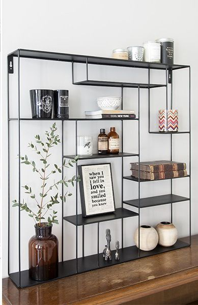 Shelfie goals // metal modern shelf