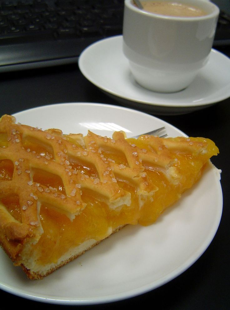 Dutch Delights: Limburgse Vlaai . Pastry special  from Limburg. This one is with apricot. #Netherlands #Food