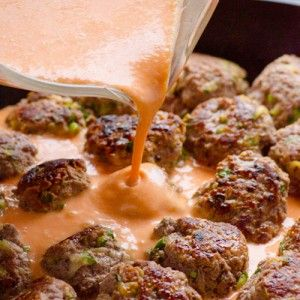 30 Minute Thai Turkey Meatballs Recipe with zucchini, ground turkey, no breadcrumbs, coconut milk, red curry paste and fish sauce. Rave reviews from EVERYONE! | ifoodreal.com