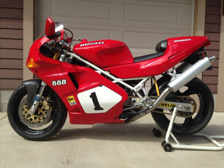 Ducati 888 SP4 - Left Side