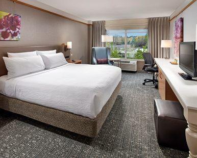 Hilton Garden Inn Portland/Lake Oswego Hotel, OR - King