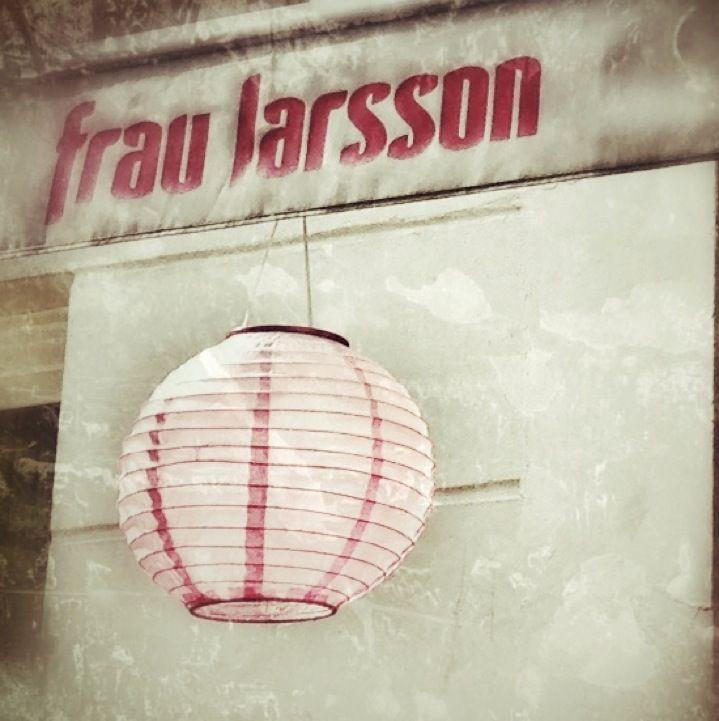 Frau Larsson in Hamburg, Hamburg