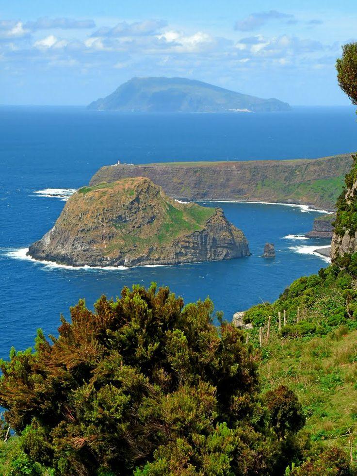 Ilhéu de Maria Vaz, Ponta do Albarnaz, e Ilha do Corvo, do trilho PR1FLO