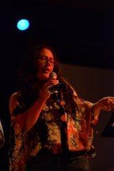 GLORIA PÉREZ. Entre el año 1986 y el 1988 estudia canto lírico en el Conservatorio de Laurencia Contreras Lema en Concepción, con destacados maestros de dicha área. En 1991 ingresa a la escuela de jazz de Roberto Lecaros, dando inicio a su carrera como cantante en distintas áreas y variados escenarios. Docente de Canto Popular en EMM. Más sobre la maestra http://www.emoderna.cl/2013-08-27-17-28-54/gloria-perez