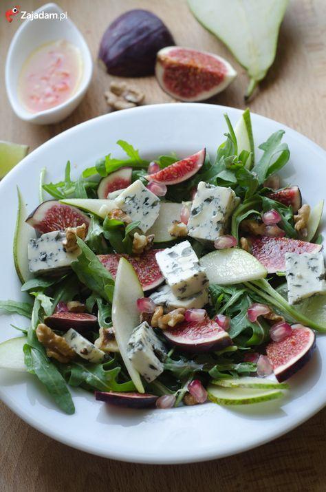 salatka-rucola-gruszka-orzechy-ser-lazur-przepis