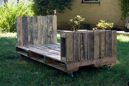 Love this pallet twin beds and other good pallet ideas