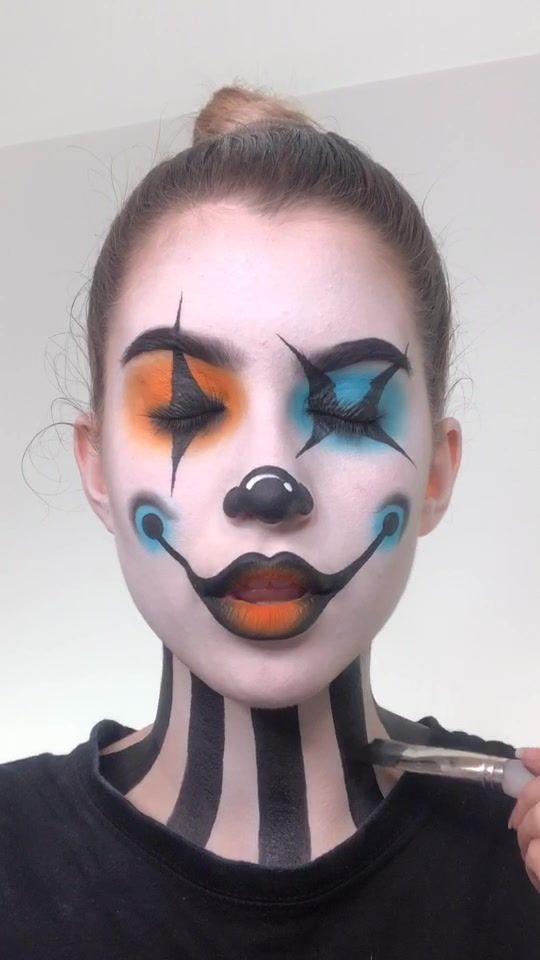 Pin By Rosa Padilla On Fx Makeup Girl Clown Makeup Crazy Makeup Edgy Makeup