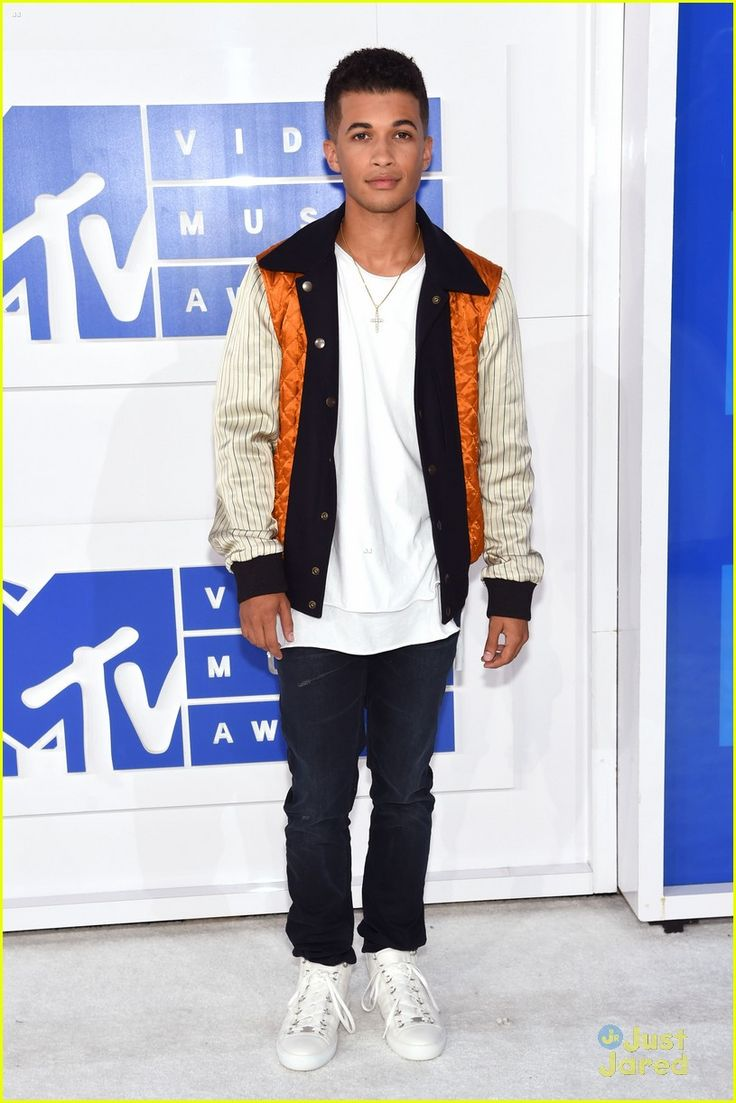 Jordan Fisher at the MTV Video Music Awards 2016