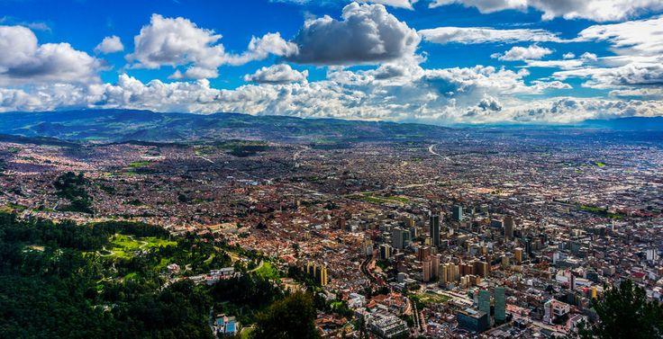 Subir hasta Monserrate para disfrutar de la hermosa vista de Bogotá, jamás es un mal plan: