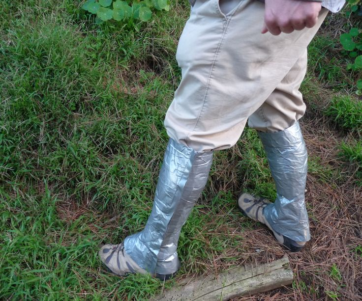 These Hiking Gaiters are easy to make and are perfect for hiking in snowy, wet, or grassy conditions. I so wish I had had these in Aberdeen.