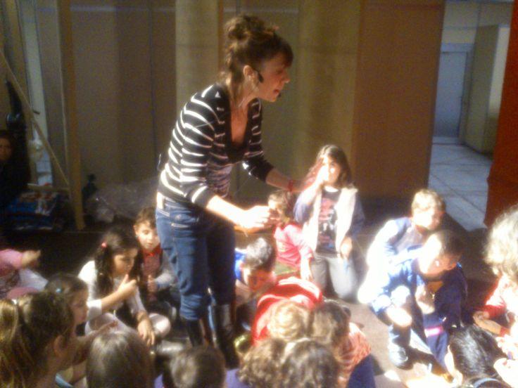 Η συγγραφέας Μαριλίτα Χατζημποντόζη βρέθηκε στο Christmas World και παρουσίασε το βιβλίο της ΕΥΤΥΧΟΥΠΟΛΗ στα παιδιά!