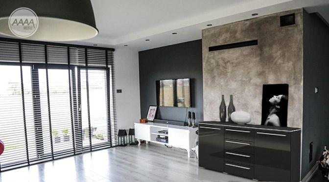 Czarna komoda z połyskiem #nowoczesnemeble #mebledosalonu #meble #minimalistycznemeble #mebleniemieckie #dom #aranzacjedom #aranzacje