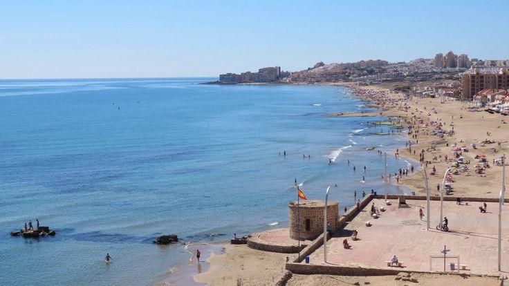Foto de hoy de la playa de la mata en Torrevieja