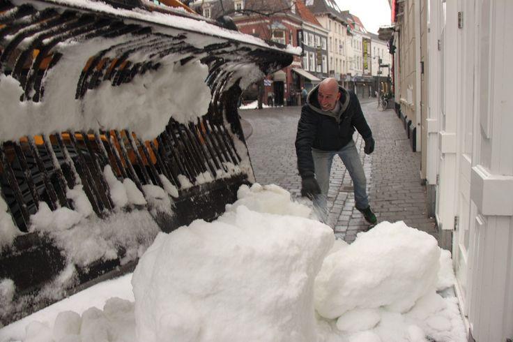 Echte sneeuw kopen :: sneeuwballengevecht.net