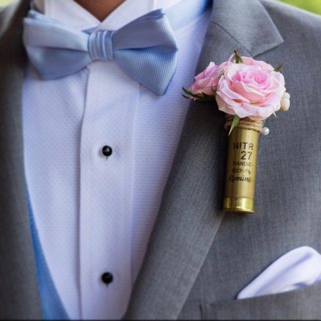 Autumn weddings are on their way and these rustic shotgun shell boutonnieres are hot-hot-hot!  Love these blush pink rose shotgun shell boutonnieres we made for Savanna!  Photography by Kaitlyn Fellows Photography @kaitlynfellowsphoto    #wedding #weddingflowers #silkflowers #katesaidyesweddings #etsyweddingteam #bride #groom #bridetobe #weddingday #proguidevendor #bridalbouquet #weddingplanning #foreverbouquet #engaged #shesaidyes #flowers #rustic #rusticwedding #rusticgroom #boutonniere…