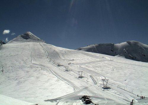 Passo dello Stelvio, tra Lombardia e Trentino. Lo sci estivo apre oggi 25 maggio