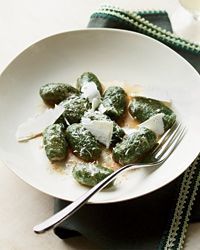 Had these at Vetri and they are insane!!!  Can't wait to make them!  Spinach Gnocchi with Shaved Ricotta Salata. Via F (www.foodandwine.com).