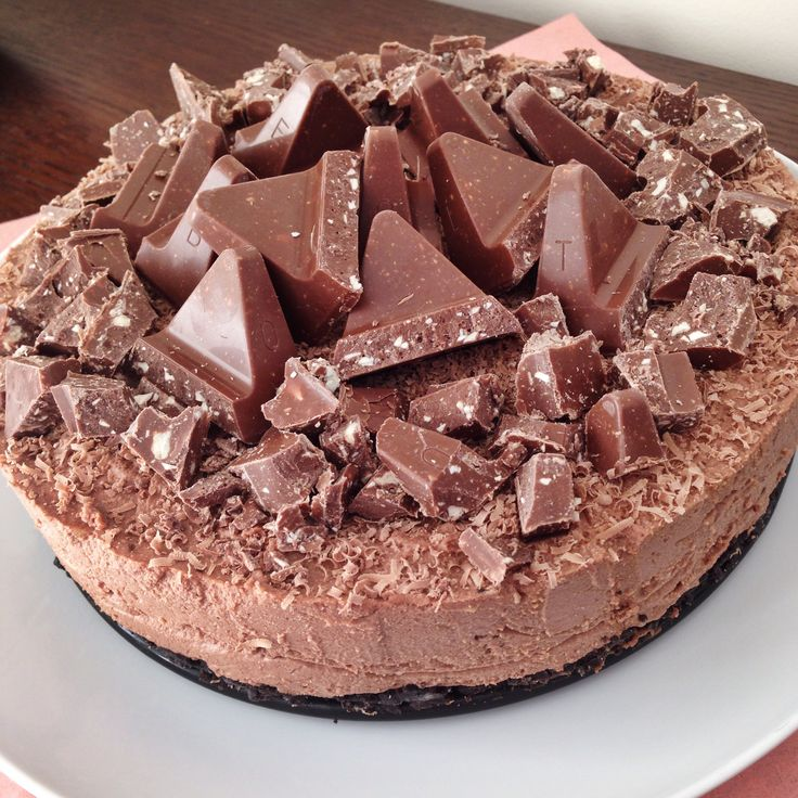 Toblerone Cheesecake with an Oreo Biscuit Base