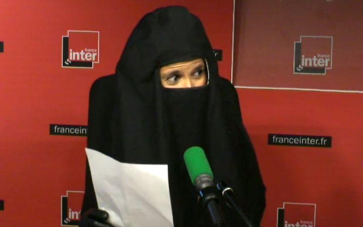 """Konbini : Vidéo : voilée, Sophia Aram se moque du """"féminisme discret"""" du roi Abdallah"""