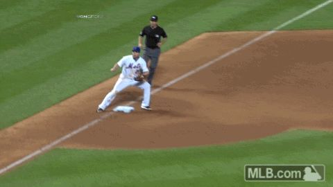 This Anthony Rizzo slide will make you believe in magic   MLB.com
