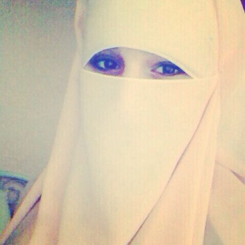 In love with white Niqab