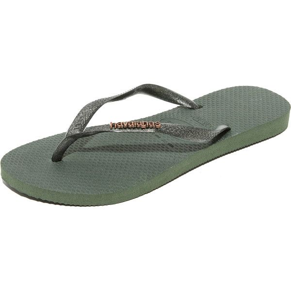 Havaianas Slim Logo Metallic Flip Flops (105 BRL) ❤ liked on Polyvore featuring shoes, sandals, flip flops, green olive, metallic flip flops, green shoes, army green sandals, olive green sandals and metallic sandals
