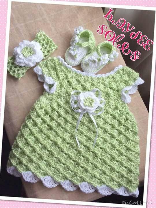 Vestido para niña crochet Haydee Solis.